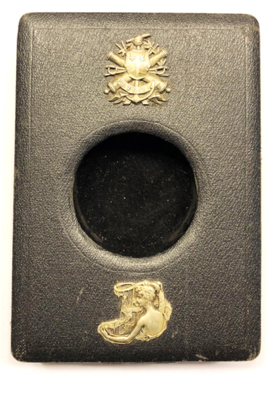 Caja-marco porta reloj de bolsillo para viaje \'PATRIE\' | Museo ...